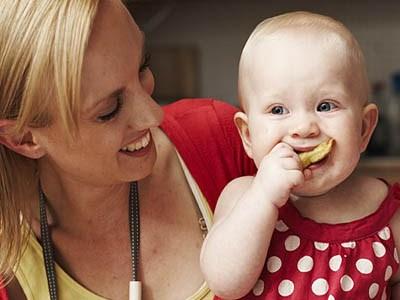 طرق تحفيز طفلك على تناول الطعام
